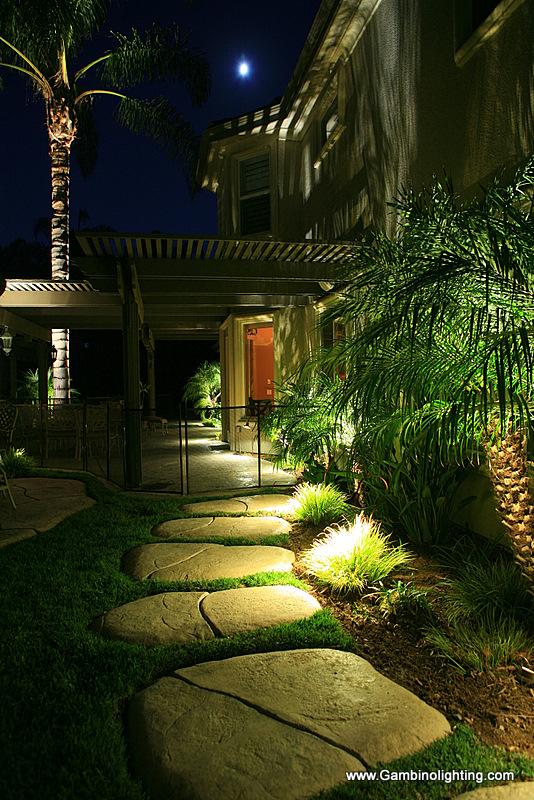 Gambino landscape lighting more amazing results with led landscape this mozeypictures Image collections