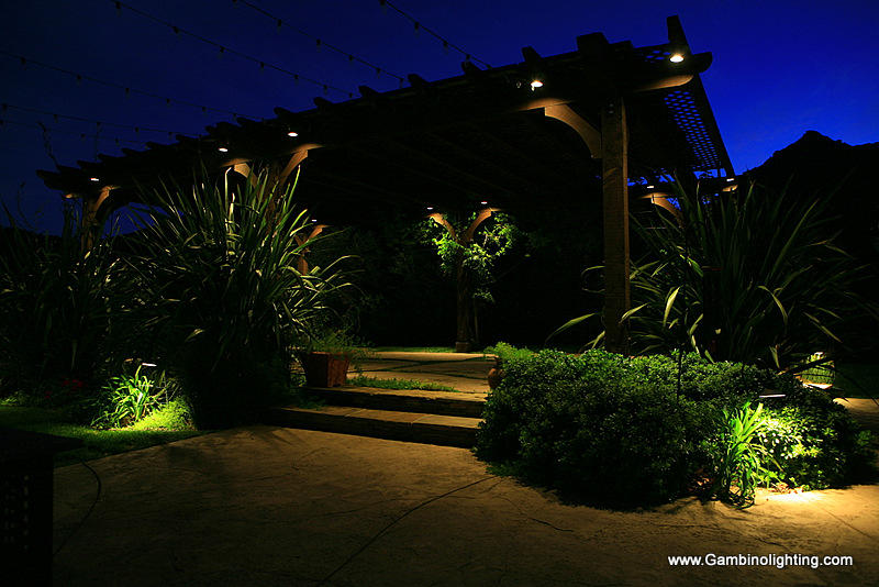 Landscape Lighting Led Conversion : Landscape lighting conversion from halogen to led